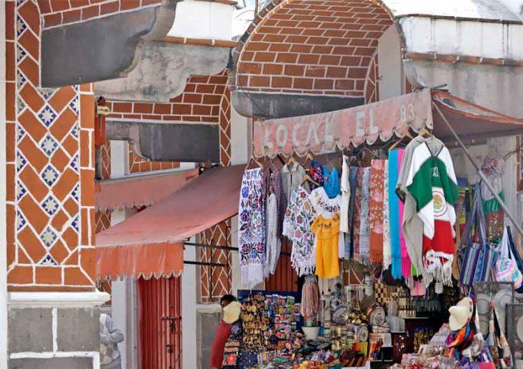Nuevamente comerciantes de mercado histórico de artesanías Puebla protagonizan trifulca