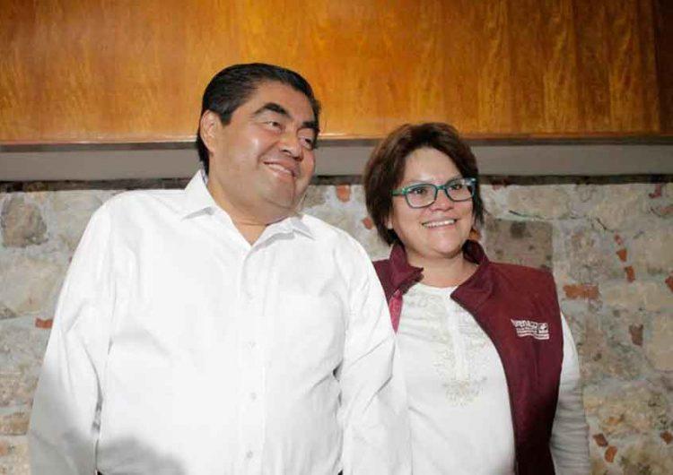 Titular de Comunicación del gobierno de Puebla da positivo a Covid-19