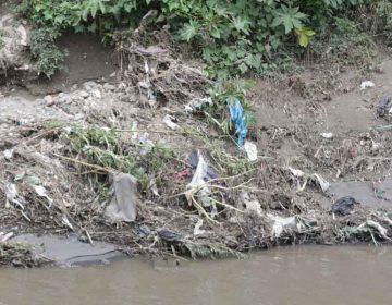 Trabajan para detectar drenajes clandestinos que contaminen el río Atoyac