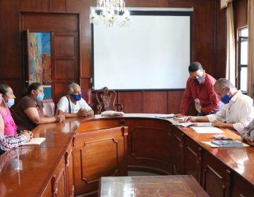 Se reúne presidente municipal de Jesús María con comerciantes del centro
