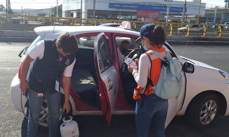 Mandan a 30 taxis al corralón por incumplir protocolos sanitarios en Aguascalientes