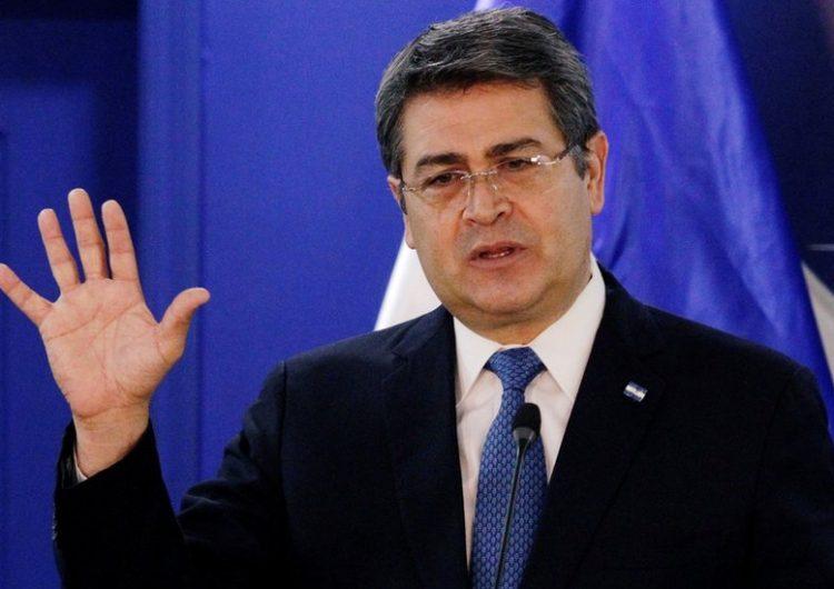 El presidente de Honduras y su esposa dan positivo a COVID-19