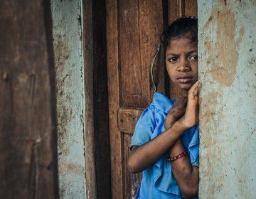 42% de hogares con niños, sin ingresos para quedarse en casa: ENCOVID-19