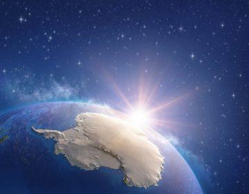 """Neutrinos extraños que suscitaron las afirmaciones de un """"universo paralelo"""" podrían explicarse con la nieve densa"""