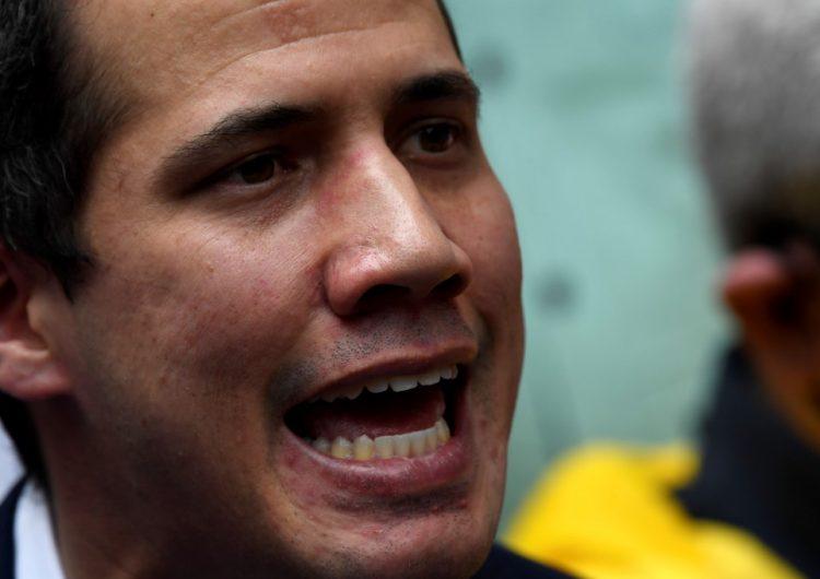 Justicia británica da a Guaidó el control del oro venezolano depositado en Inglaterra