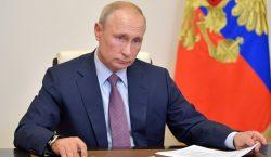 Triunfa en Rusia la reforma que permite a Putin gobernar…