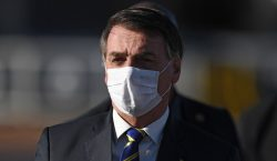 Jair Bolsonaro se somete a prueba de COVID-19, tras presentar…