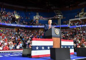 Se disparan casos de COVID-19 en Tulsa tras evento de campaña de Trump