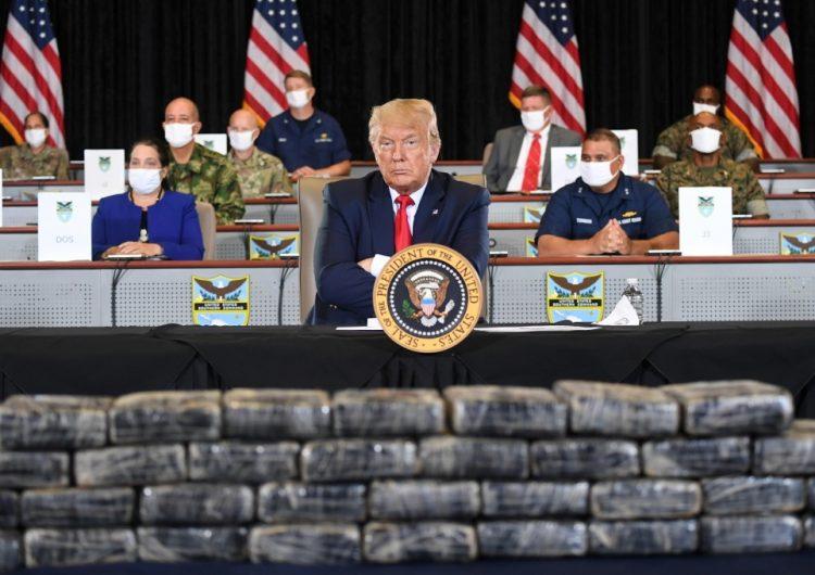 """""""Por fortuna tenemos el muro para contener el COVID"""", asegura Trump"""