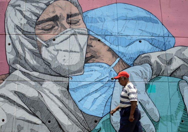 México acumula más de 300,000 casos de COVID-19; confirma 485 muertos