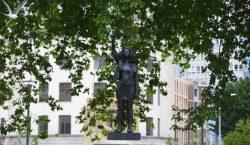 Reino Unido: reemplazan estatua de esclavista por una del movimiento…