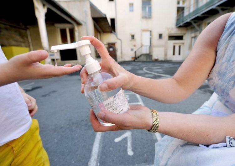 La FDA amplía la lista de marcas de gel antibacterial fabricadas en México que contienen metanol