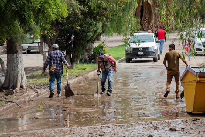 Auxilian a 12 personas tras inundación en comunidad de Las Ánimas