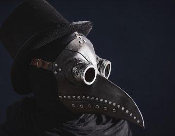 Así evolucionó la máscara del doctor de la peste