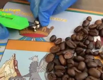 Policía italiana decomisa un envío de cocaína escondida dentro de granos de café