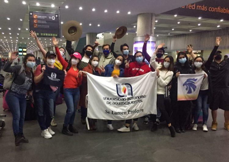 Regresan estudiantes de la UAA varados en Chile