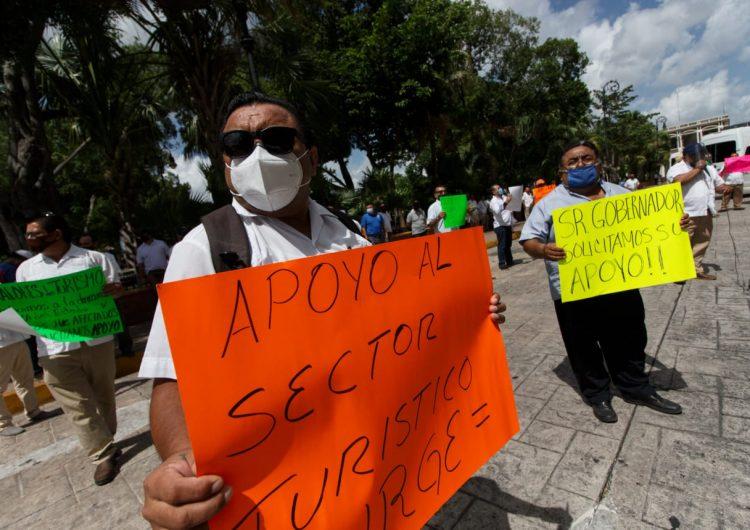 Piden préstamo operadores del transporte turístico en Yucatán