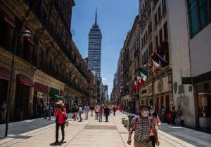 En México mueren otras 718 personas por COVID-19 y se confirman 8,438 casos