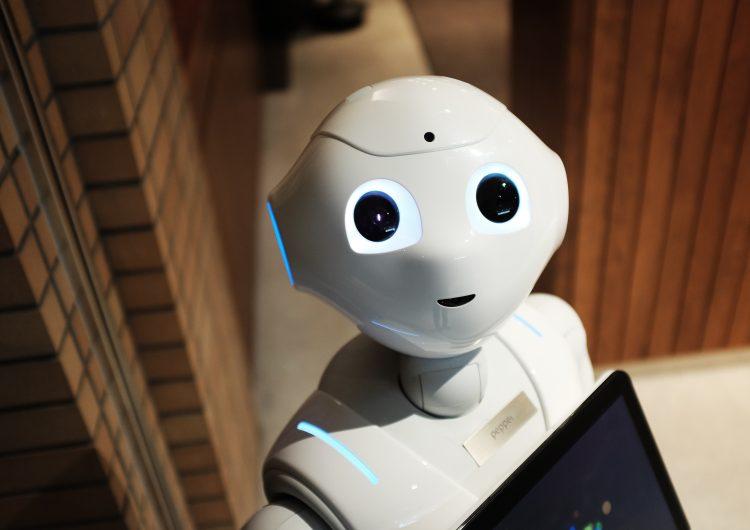 """Kappa 8 presenta: """"Leyes de la robótica"""", un episodio sobre la relación entre humanos y robots"""