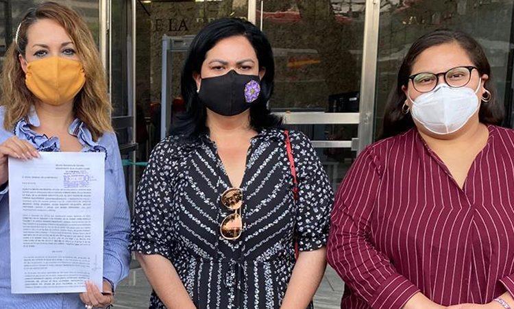 Alcaldesa de Tecate denuncia ante la FGR al gobierno de BC