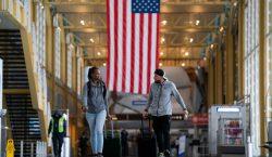 Cuarentena voluntaria: Estados Unidos emite guías para quienes viajen al…
