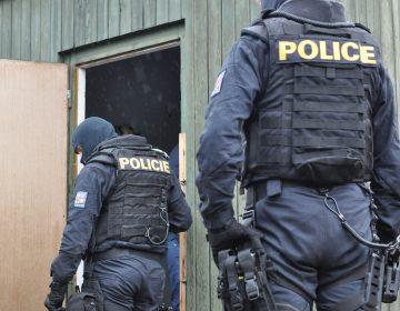 Arrestan a nueve personas acusadas de manipular a mujeres checas para grabar pornografía