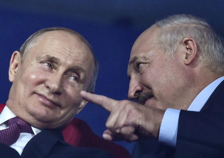 Putin pide diálogo en Bielorrusia, pero alista tropas para apoyar a Lukashenko
