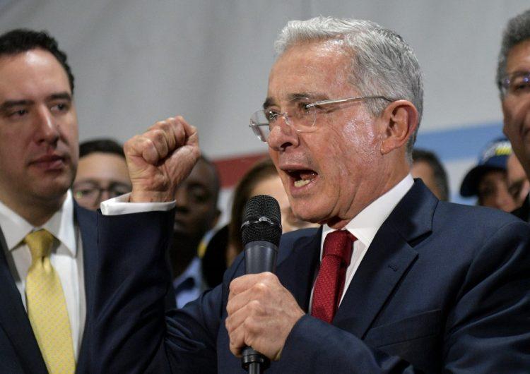 Corte Suprema de Colombia ordena el arresto del expresidente Álvaro Uribe