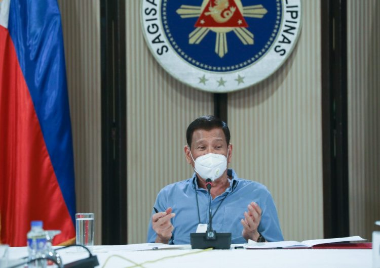 Presidente filipino se ofrece voluntario para probar la vacuna rusa