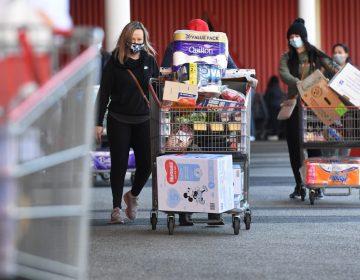 """Declaran """"estado de emergencia"""" en Melbourne, Australia, por cientos de nuevos casos de COVID-19"""