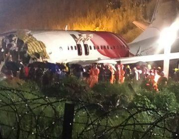 Un avión se sale de la pista y se rompe en varias partes al aterrizar en el sur de India