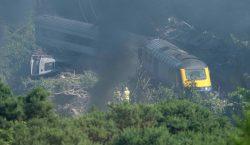 Lo que sabemos del descarrilamiento de un tren en Escocia…