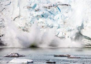 Los glaciares de Groenlandia tuvieron un deshielo récord en 2019; perdieron 532,000 millones de toneladas
