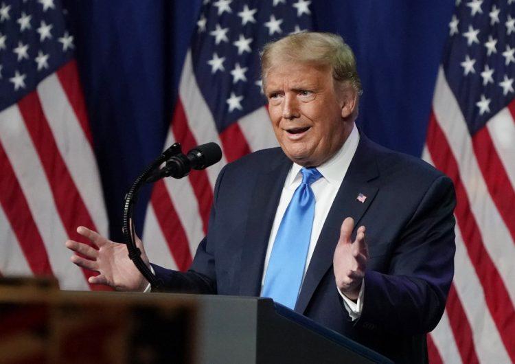Republicanos nominan como su candidato a Trump, quien busca relanzar su campaña
