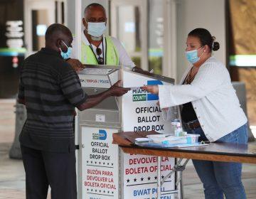 Trump se opone a una financiación del servicio postal para dificultar la votación por correo