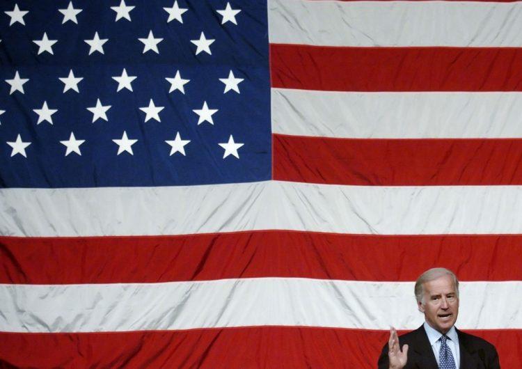 Acoso sexual, deportaciones, guerra: el lado oscuro de Joe Biden