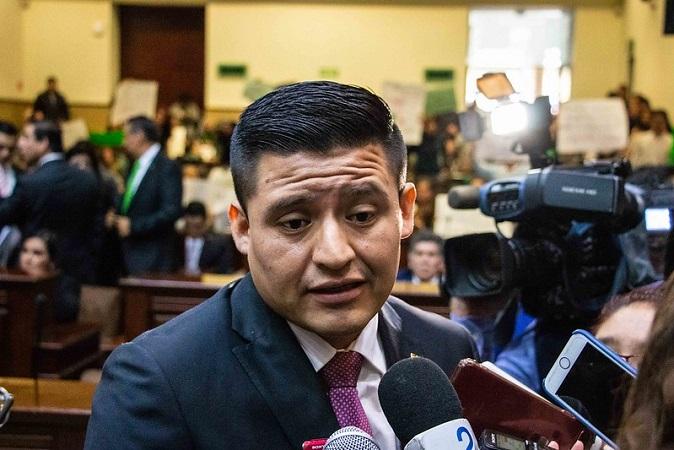 Viene AMLO a regañar al gobierno estatal por estrategia contra el Covid: diputado