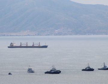 Preocupa a empresarios un barco que tiene más de 3 años abandonado en la bahía de Ensenada