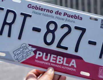 En Puebla aplazan un mes el cobro del control vehicular y reemplacamiento