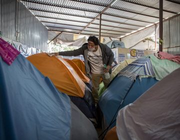 Ansiedad y depresión predominan en migrantes atrapados en México en la pandemia