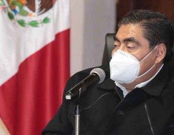 Miguel Barbosa reta a Lozoya a probar extorsiones