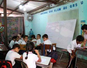SEP pide clases a distancia y maestros de Puebla sin internet