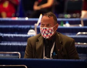 Cuatro personas que asistieron a la Convención Republicana dan positivo en prueba del coronavirus