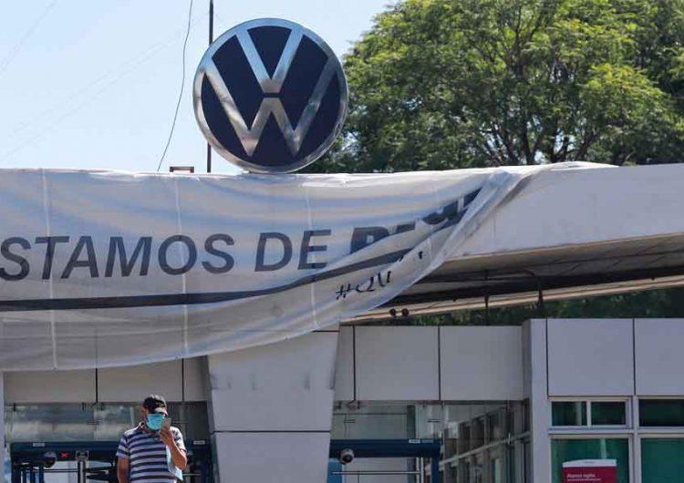 Volkswagen Puebla y sindicato logran acuerdo salarial; más de 20 años sin huelga en VW