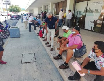 Protestan pescadores campechanos, piden préstamo