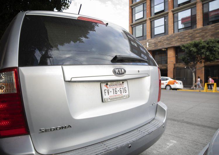 Prevén legalizar más de medio millón de vehículos irregulares en BC