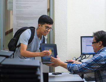 Dotará UAA equipos de cómputo y paquetes de datos a estudiantes de bajos recursos