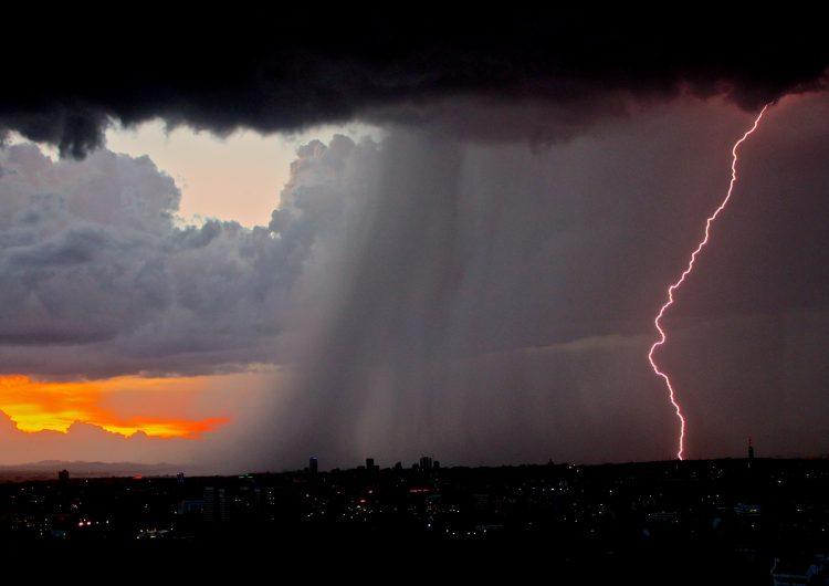 Advierten entrada de tormenta