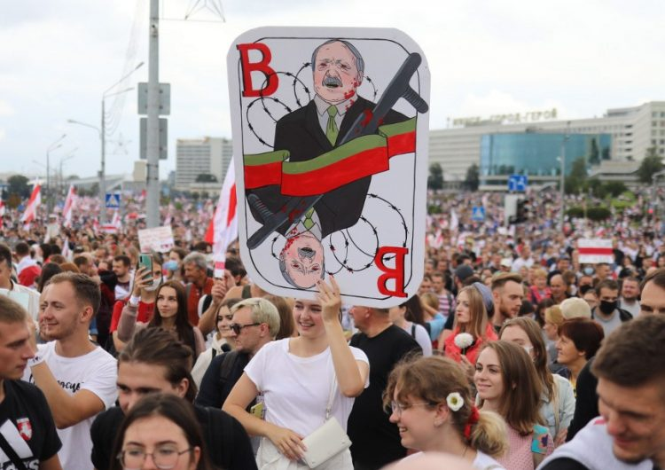 represion-bielorrusia-detenidos-opositora