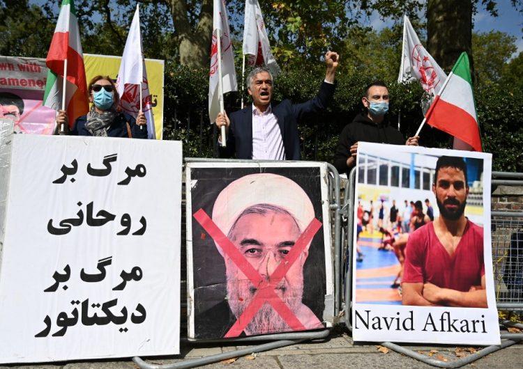 Irán ejecuta a un campeón de lucha acusado de asesinato pese a protestas internacionales